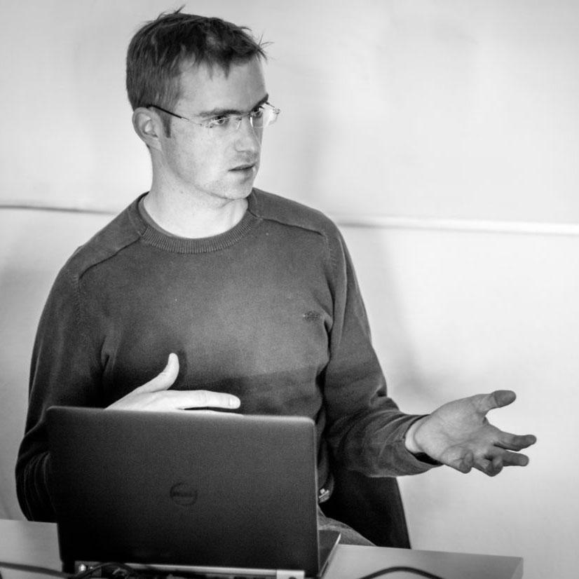 Dr. Stefan Auer